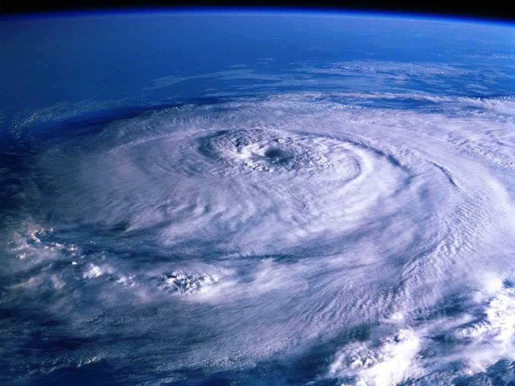 台風が過ぎて、また台風。